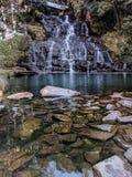 瀑布在东北镇印度 免版税库存图片
