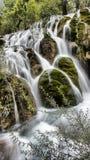 瀑布在九寨沟,四川,中国 免版税库存图片