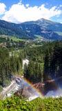 瀑布在有两条彩虹的奥地利在夏天 免版税库存图片