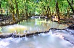 瀑布在森林里在泰国 Nakhon Si Thammarat 图库摄影