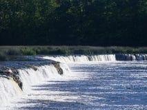 瀑布在河文塔的Ventas仑巴舞Kuldiga的,拉脱维亚,选择聚焦 免版税图库摄影
