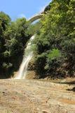 瀑布在第比利斯植物园,乔治亚里 免版税图库摄影