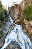 瀑布在滑雪胜地镇坏Gastein,奥地利 库存图片