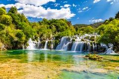 瀑布在Krka国家公园-达尔马提亚,克罗地亚 免版税图库摄影