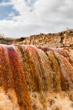 瀑布在Riotinto开采的地区,安大路西亚,西班牙 图库摄影