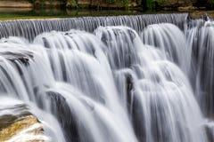 瀑布在Shifen,台湾 免版税库存照片
