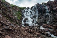 瀑布在Teriberka 免版税图库摄影