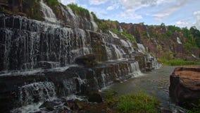 瀑布小瀑布步Panagarh接近的看法在越南 股票视频