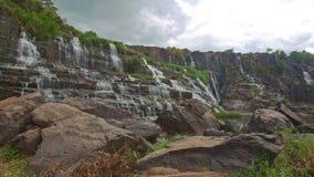 瀑布小瀑布Panagarh接近的看法在越南 影视素材
