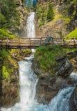 瀑布山风景 犹太教教士谷,特伦托自治省女低音阿迪杰,意大利 库存照片