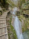 33瀑布手段在索契俄罗斯 库存照片