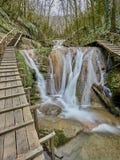 33瀑布手段在索契俄罗斯 免版税库存图片
