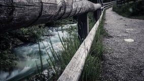 瀑布河 库存图片