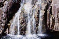 瀑布的特写镜头 免版税库存图片