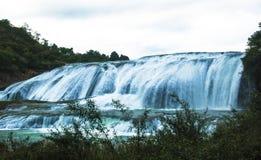 瀑布洪流  图库摄影