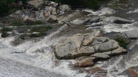 滔滔瀑布&浪花盖子石头,山台山 影视素材