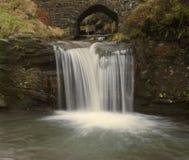 瀑布细节在三个郡头的 库存照片