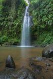 瀑布Benang Stokel,龙目岛 库存图片