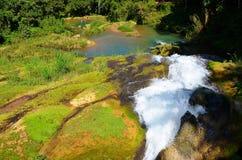瀑布El适当位置,西恩富戈斯,古巴 免版税库存图片