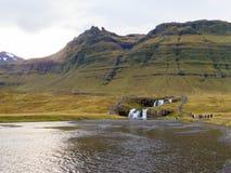 瀑布Kirkjufellsfoss 免版税库存照片