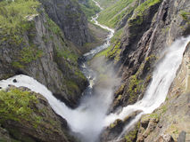 瀑布Voringfossen,最大的瀑布在挪威 免版税库存图片