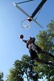 灌篮篮球 库存照片