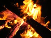 火和火焰 免版税库存照片