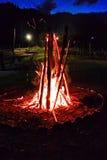 火和炭烬 库存图片