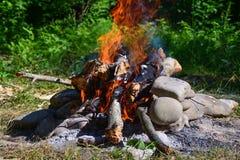 火和炭烬 免版税图库摄影