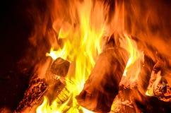 火和炭烬 免版税库存图片