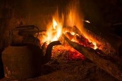 火壁炉房子葡萄酒木头冬天 库存照片