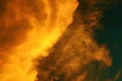 火天空 免版税库存图片