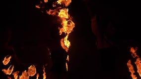 火展示喘息机会分散火焰 慢的行动 股票视频