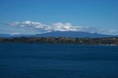火山卡尔布科火山- Puerto Varas -智利 免版税库存图片