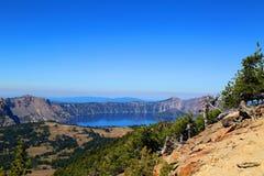 火山口湖俄勒冈 免版税库存照片