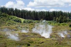 火山口湖月亮新的taupo西兰 库存照片