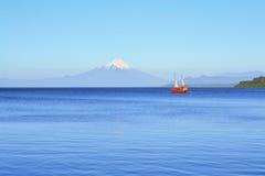 火山奥索尔诺火山,湖Llanquihue,巴塔哥尼亚,智利 免版税库存图片