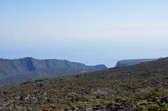 火山峭壁岩钉de la fournaise 免版税库存照片