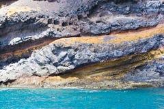 火山峭壁的海洋 库存图片