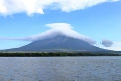 火山康塞普西翁角,奥梅特佩岛,尼加拉瓜 图库摄影