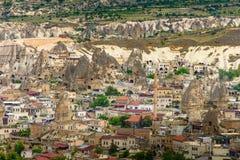 火山的山在Goreme国家公园 cappadocia 库存照片