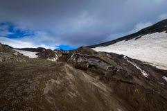 火山的横向 阿瓦恰火山火山-堪察加半岛活火山  俄罗斯,远东 库存照片