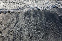 火山的海滩 库存图片