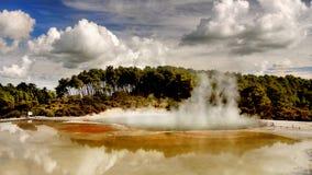 火山的湖,罗托路亚,新西兰 库存照片