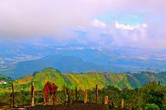 从火山的看法 库存图片