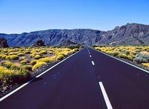 火山的高速公路 免版税库存照片