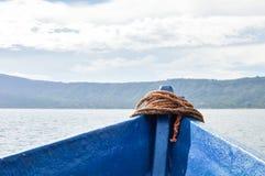 火山的破火山口湖Coatepeque的风景在萨尔瓦多 免版税库存图片