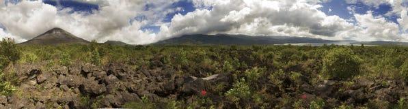 火山阿雷纳尔全景 免版税库存照片