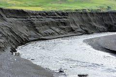 火山黑色峡谷的沙子 免版税图库摄影