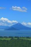火山Momotombo 免版税库存照片